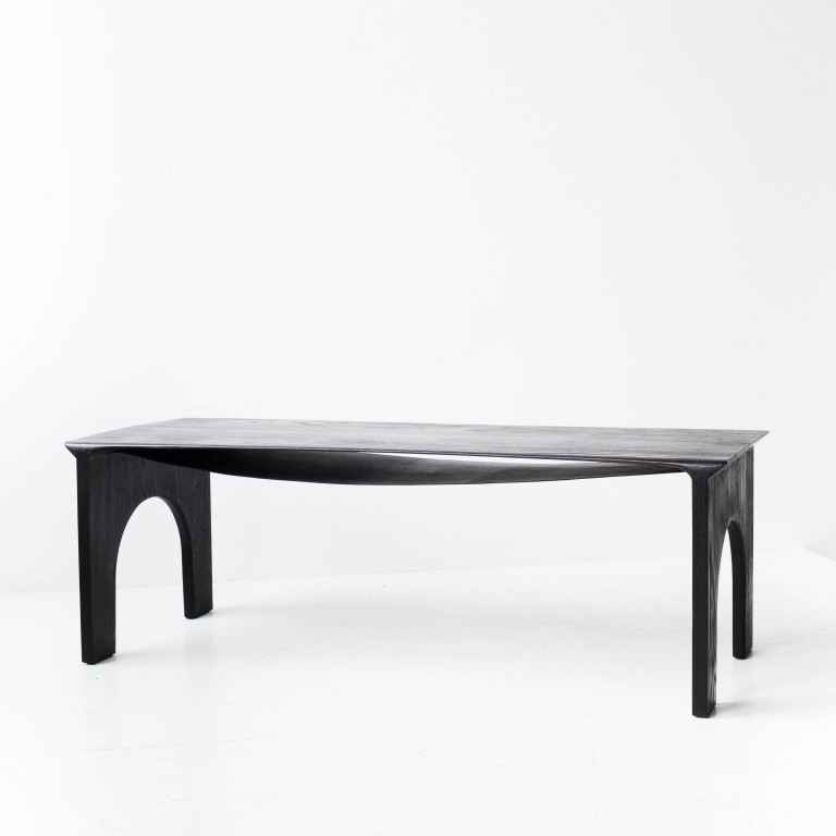 - Kuro - low table